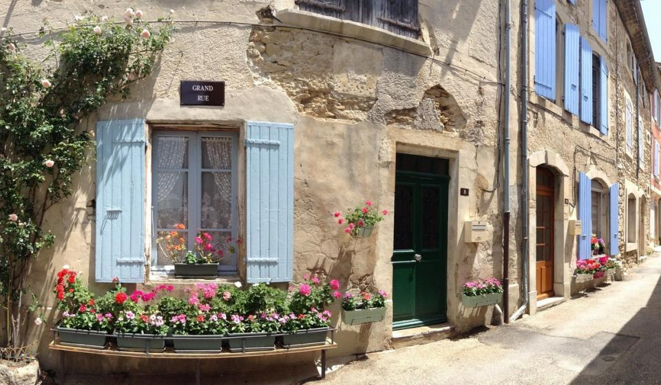 Provence town grignan x webpage