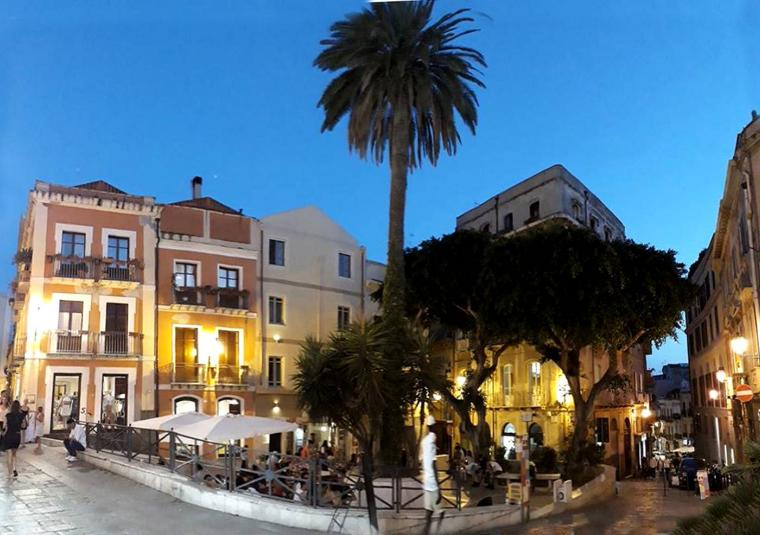 Sardinia night scene customwalks
