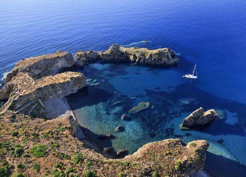 Panarea coastline