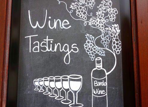 Barolo wine tasting customwalks