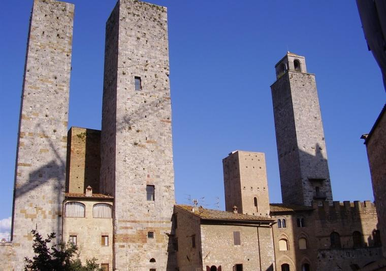San gimi towers