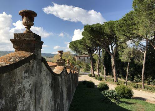 Tuscany Walking Tour – Chianti, Siena & Volterra