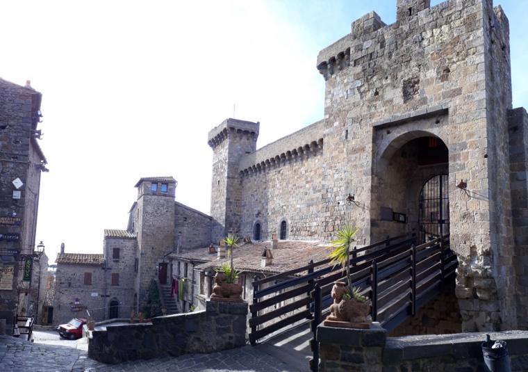 Bolsena tuscany walking tours customwalks